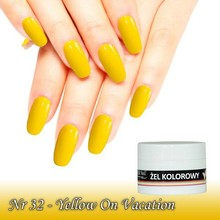 UV Color Gel Yellow on vacation nr 32