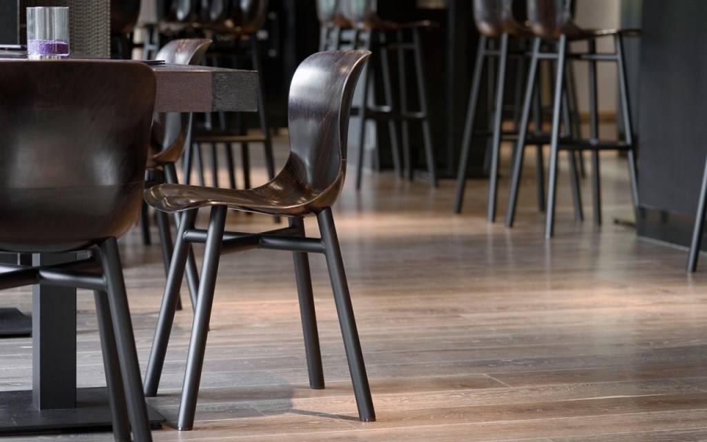 Wendela STOEL | donker hout