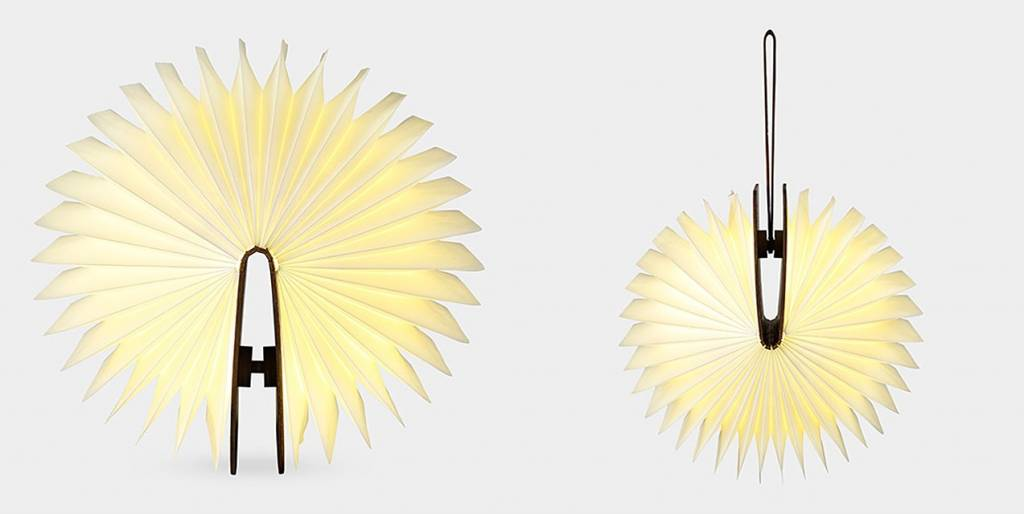 LUMIO BOEK LAMP | BLONDE MAPLE