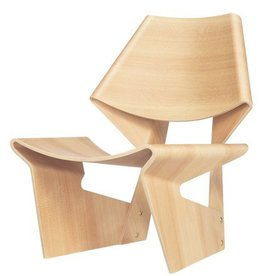 GJ CHAIR + NESTLING TABLES - LIGHT WOOD