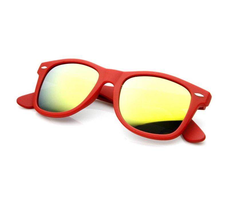 Rode Spiegel Zonnebril met Gouden Spiegelglazen