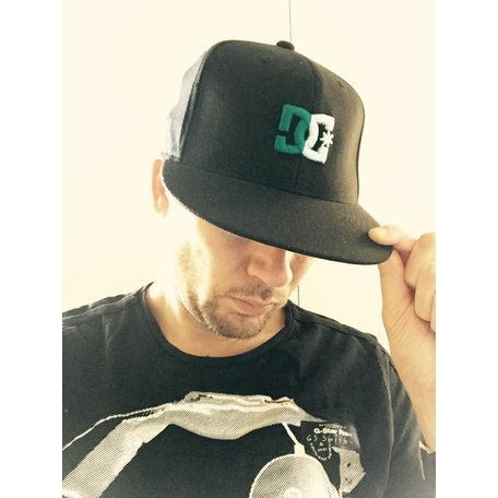 SNAPBACK CAP DC