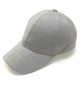 SUEDE CAP LICHT GRIJS