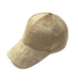 WILD CAP NUDE
