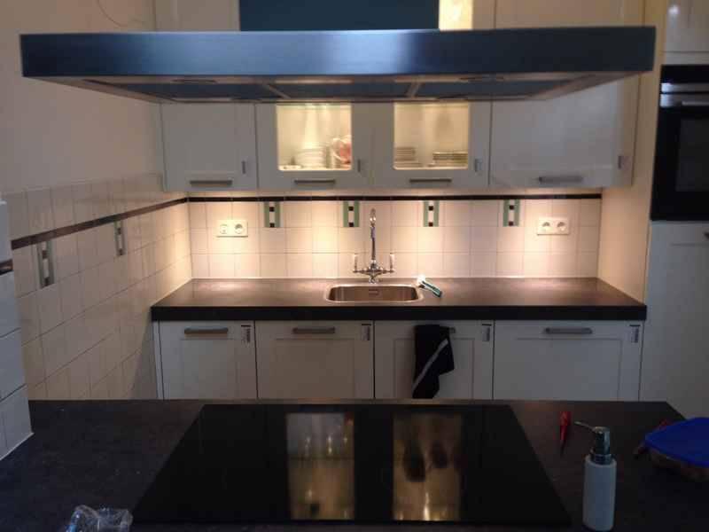 Voorbeelden fotogalerie photo gallery art deco tegels in de keuken - Deco keuken kleur ...