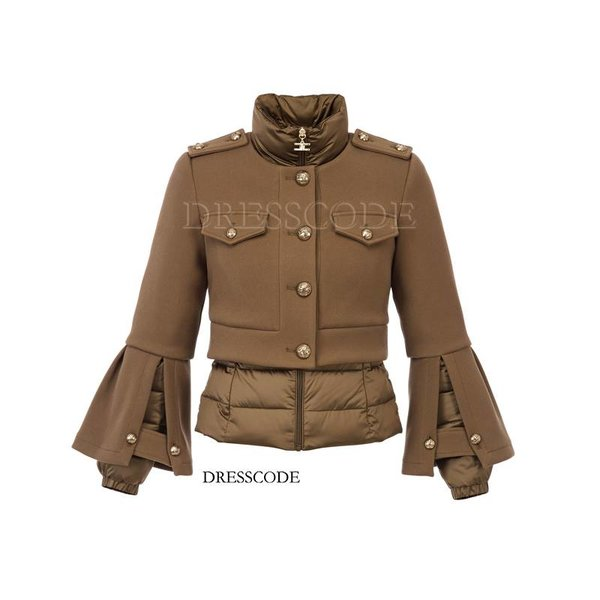 Two-piece jacket with zipper and gold buttons
