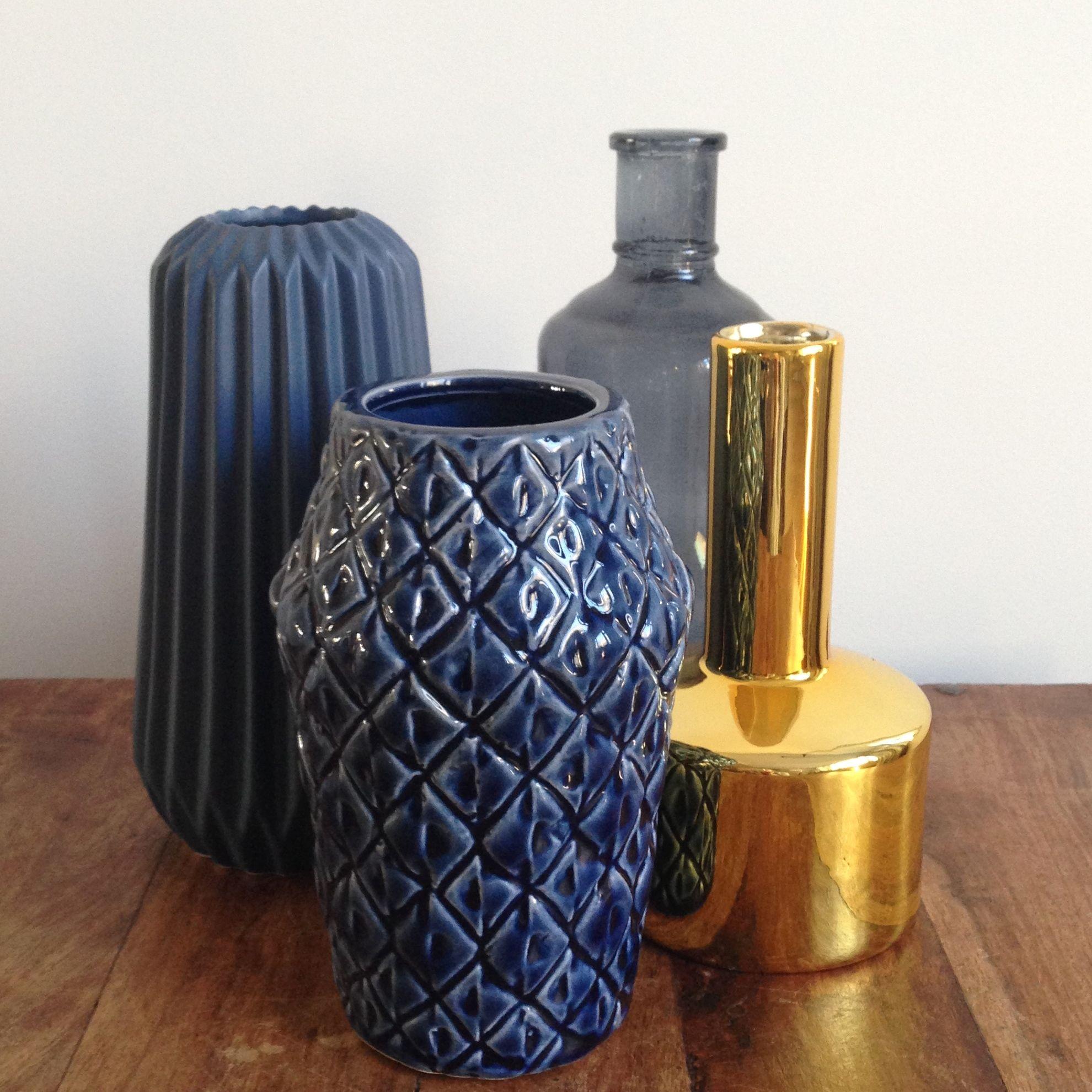 Nieuw Blauwe kleuraccenten in jouw interieur. Drie tips om blauw mooi PZ-25