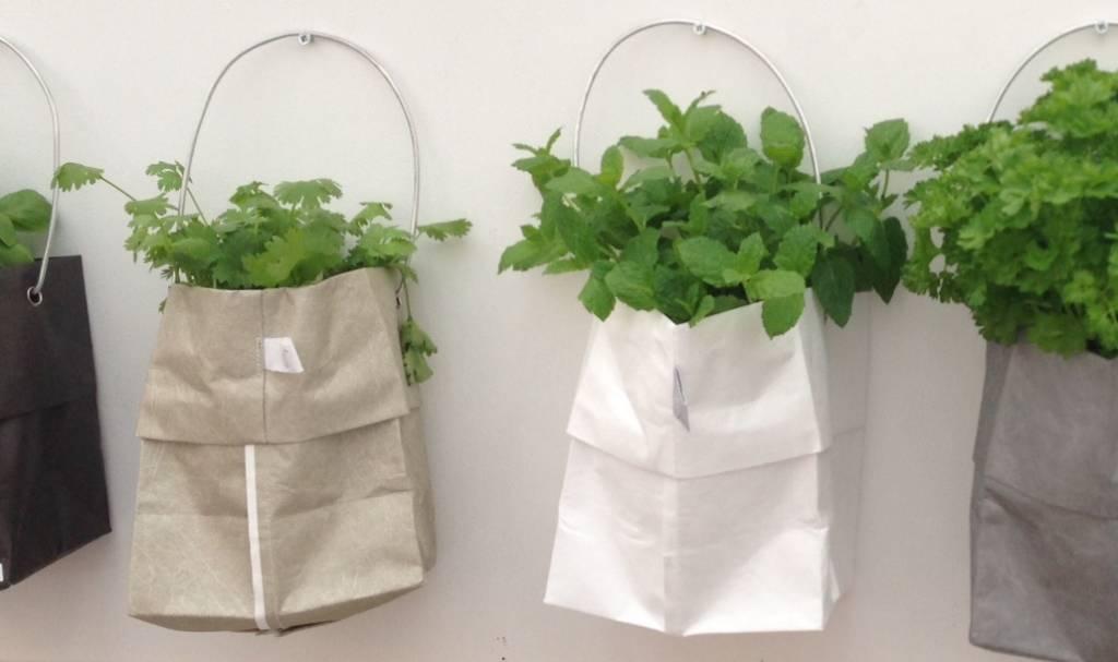 Raumgestalt plantenzakken om op te hangen bijzonder bric for Gewei voor aan de muur