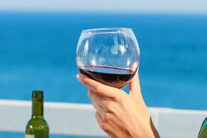 Rode wijn gekoeld drinken?
