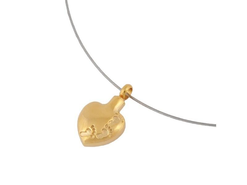 Ashanger hart met voetafdruk goudkleurig - RVS
