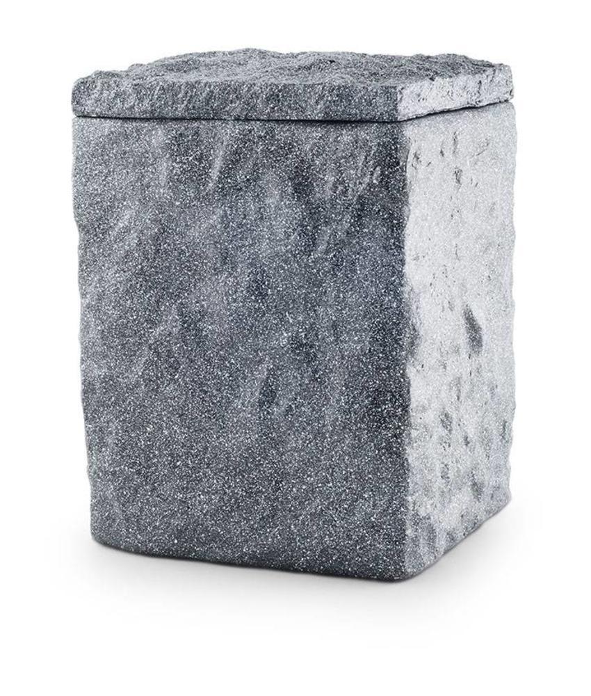 Basalt zee urn - bio