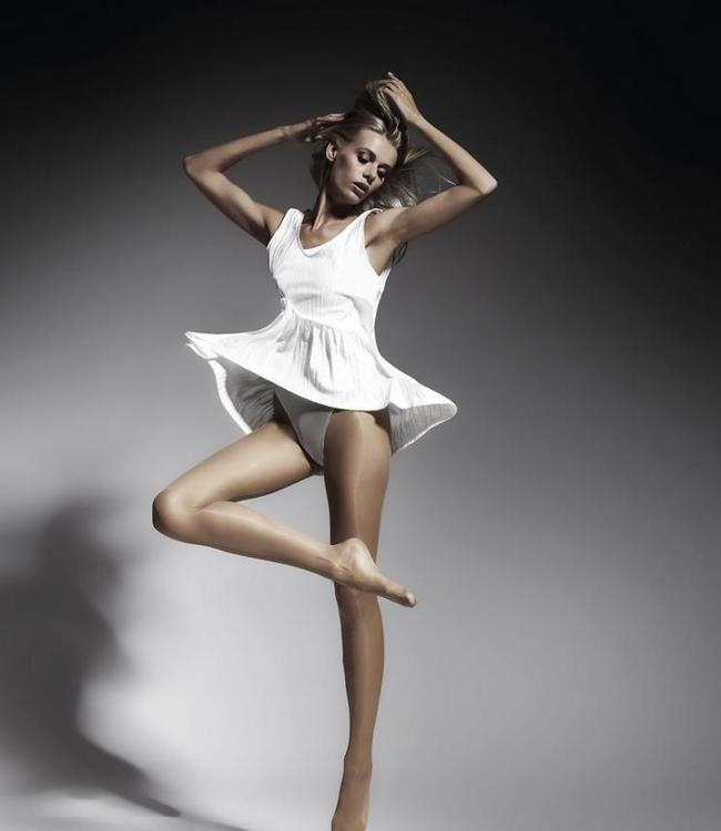 Marianne Beautiful Satin 15 glanspanty Lichte Huidkleur Poeder