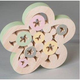 Dekofigur Dekoblume aus Holz mit grünem Rand, 19 cm