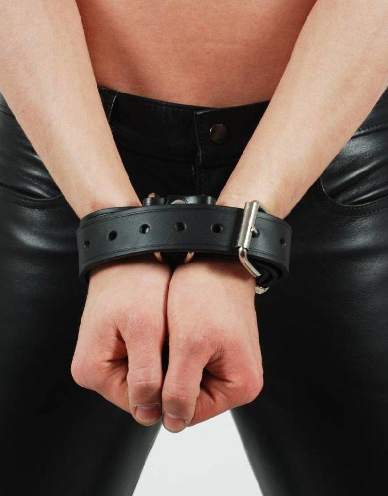 RoB Leather Handcuff Belt