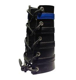 RoB Leather Lace Up Gauntlet mit 3 schwarzen und 1 blauen Streifen
