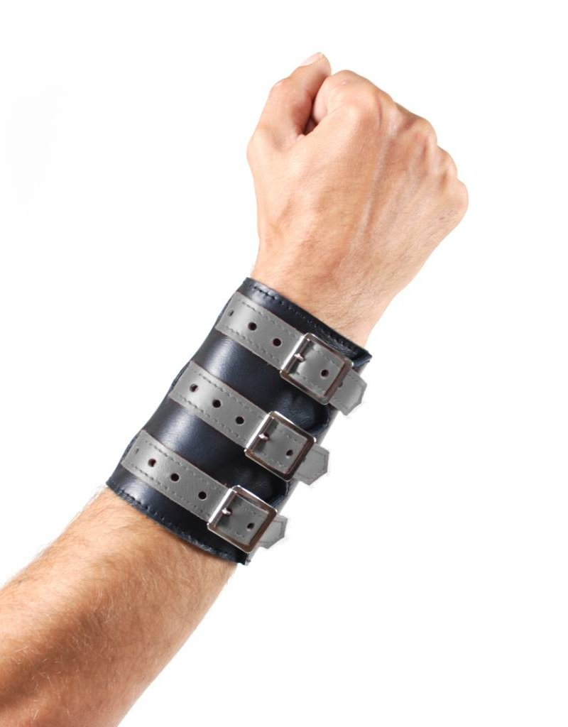 RoB Soft Leather 3 Buckled Wristband Black with Grey Straps