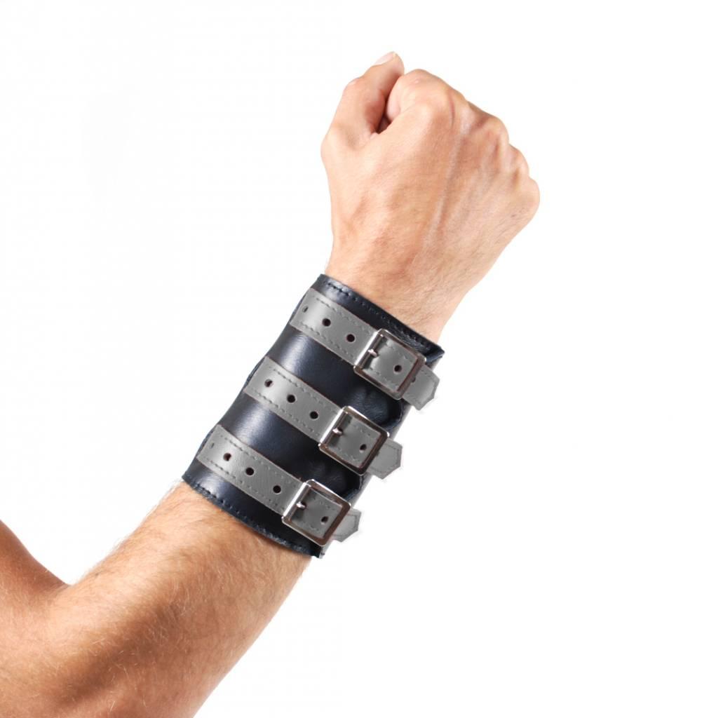 RoB 3-Schnallenarmband aus weichem Leder schwarz mit grau