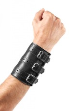 RoB Soft Leather 3 Buckled Wristband Black