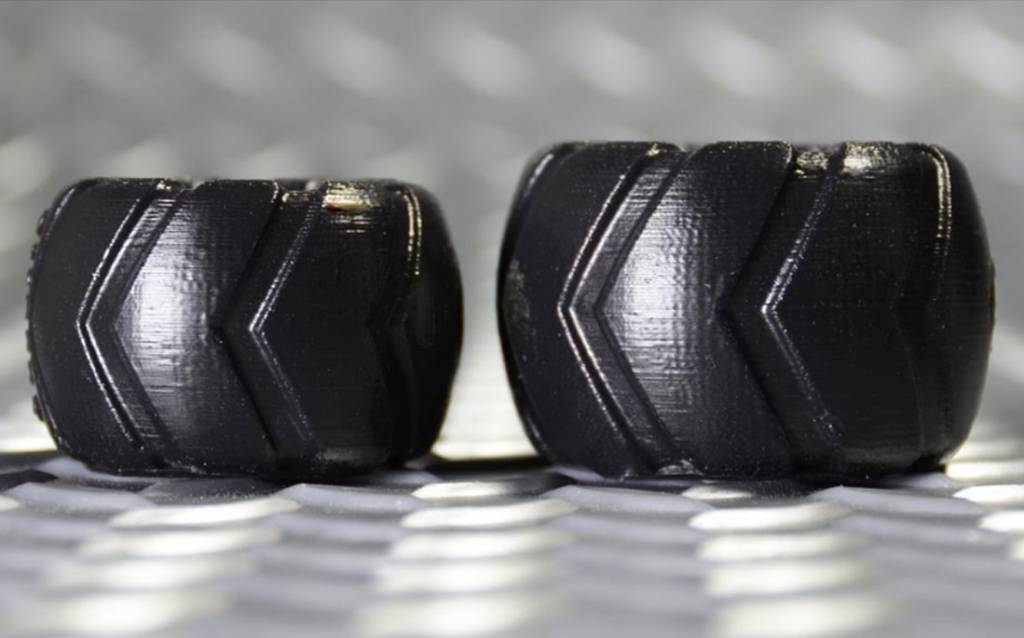 Oxballs Grinder-1 Short Tire Tread Ballstretcher Black Small