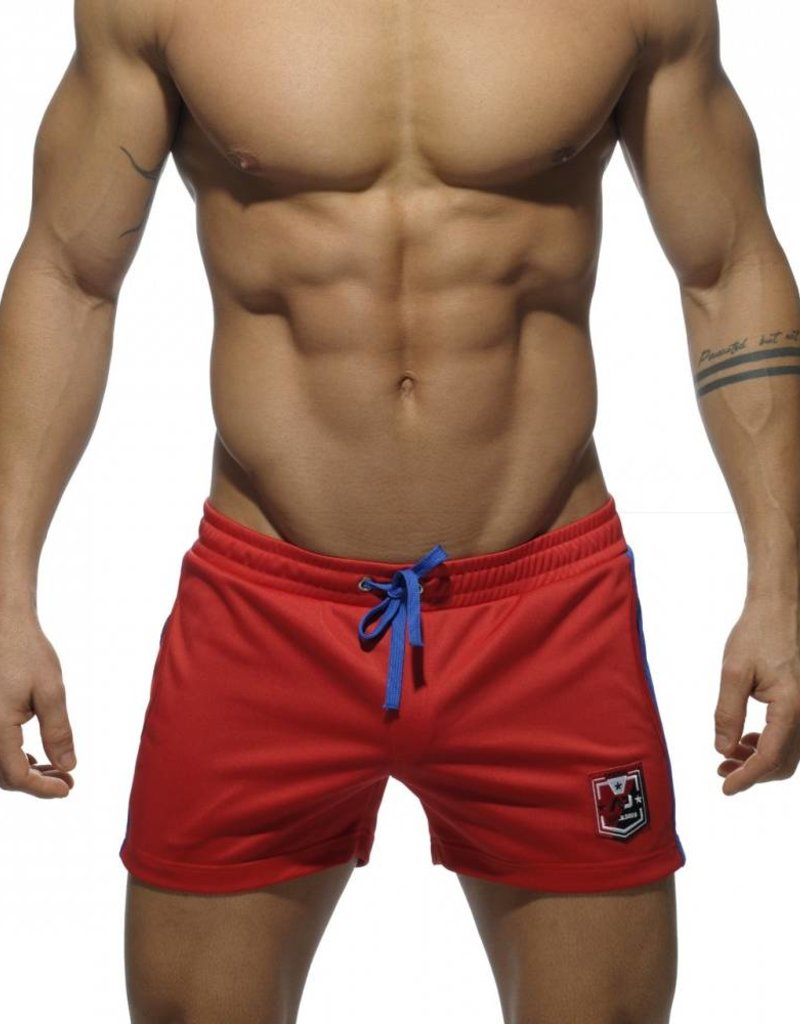 Addicted Addicted Badge Sport Short rood met blauw