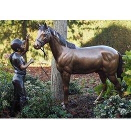 Beeld brons meisje met paard
