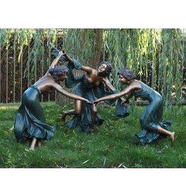 3 tanzenden Frauen