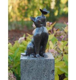 Katze mit Schmetterling Bronze