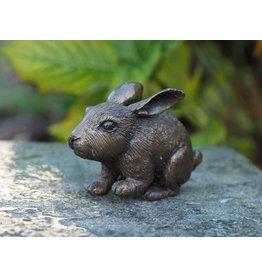 Kleine Bronze Hase