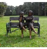 Eliassen Bild Bronze 2 Mädchen auf dem Sofa