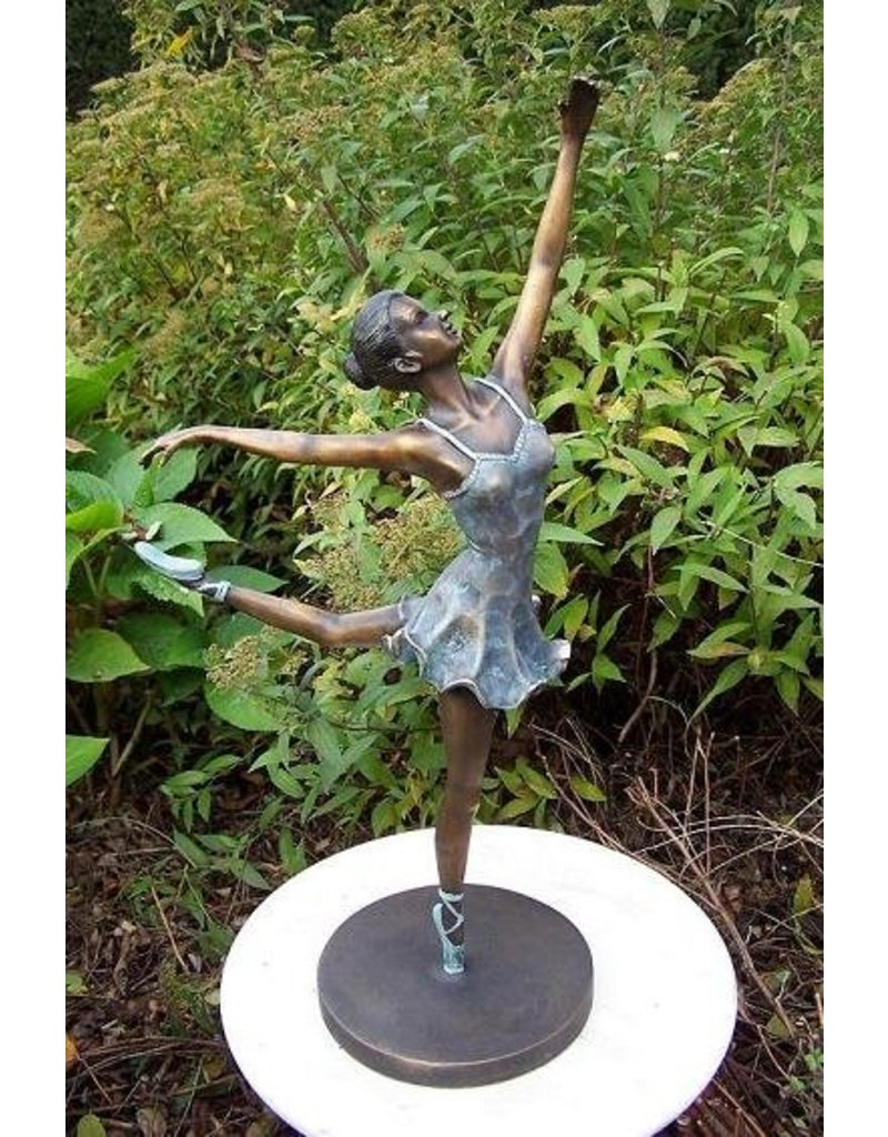 Ballerina in bronze