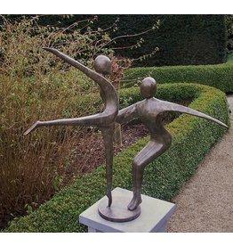 Zusammenfassung tanzende Paar aus Bronze