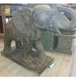 Tuinbeeld olifant groot