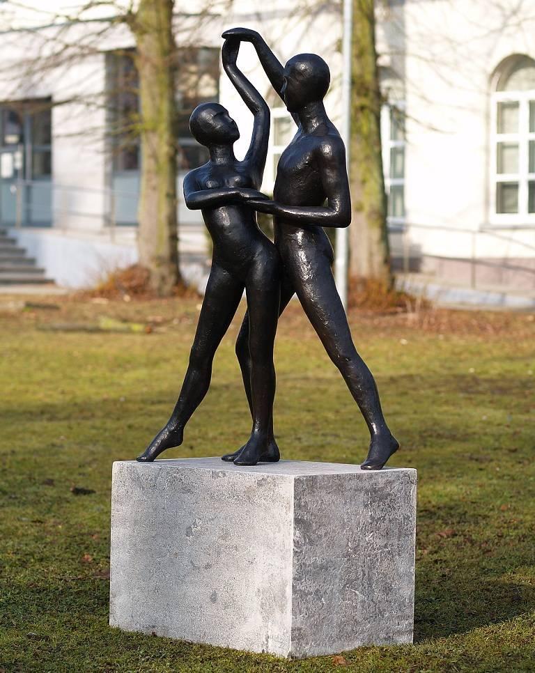 Beeld brons modern danspaar eliassen home garden pleasure for Beeld tuin modern