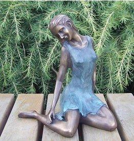 Eliassen Beeld brons zittende dromende vrouw
