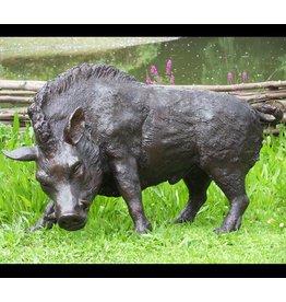 Wildschwein läuft große Bronze-