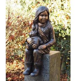 Eliassen Bronzeskulpturmädchen mit Teddybären