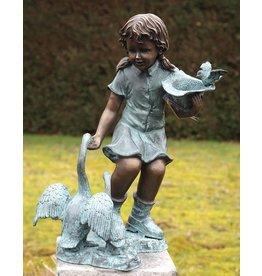 Waterornament brons meisje met ganzen