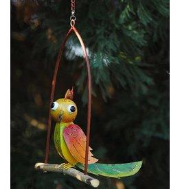 Metalen vogel in schommel 2