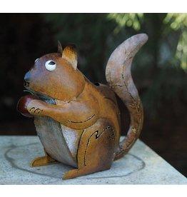 Metallfigur Eichhörnchen Bewässerung