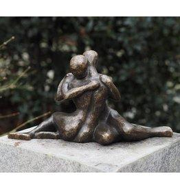 Bronzen beeld Modern verliefd koppel