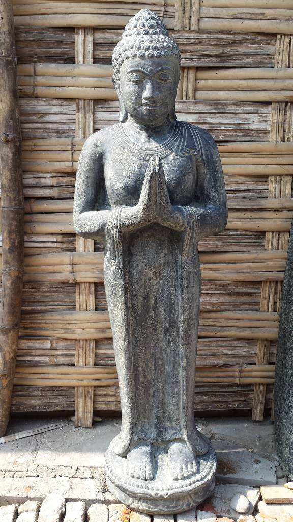 Boeddha Beeld Beton.Boeddha Beeld Staand Groetend In 5 Maten Eliassen Home Garden