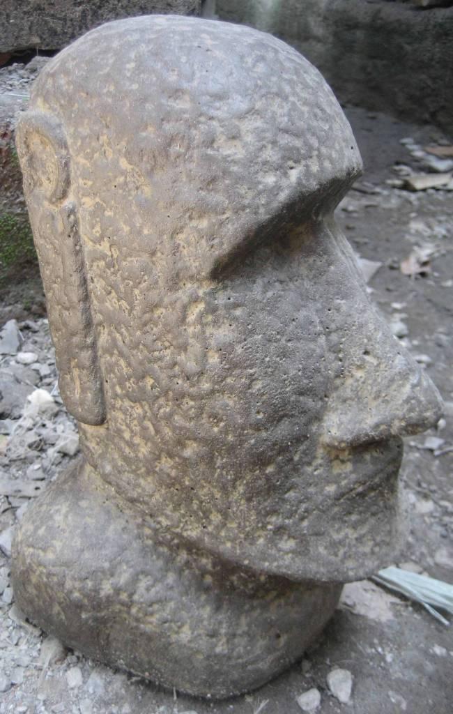 eliassen moai statue 30cm eliassen home garden pleasure. Black Bedroom Furniture Sets. Home Design Ideas