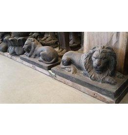Eliassen Lions-Set liegen