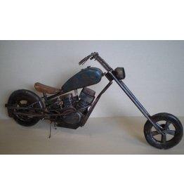 Metalen motor groot