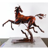 Beispielhafte Metall Pferd