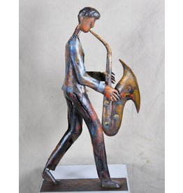 Metalen beeld Saxofonist
