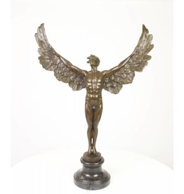 Bronze-Statue Winged Tag