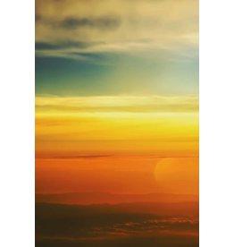 MondiArt Schilderij glas Vliegtuig boven de wolken