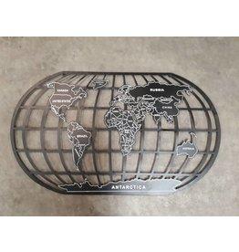 Eliassen Wanddekoration Globe 124x66cm