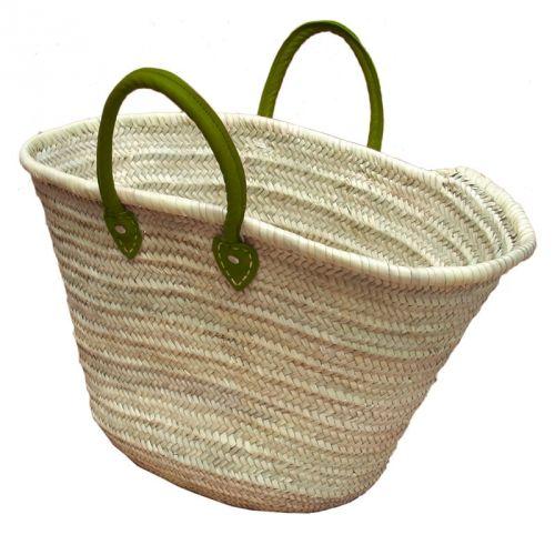 Basket met groen leren hangsels